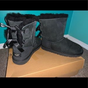 UGG Women Bailey Bow boots